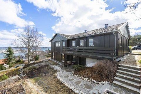 SOLGT SAMME UKE: Det var mange som var interessert, men som ikke fikk tatt en nærmere titt på dette huset på Nesbrygga.