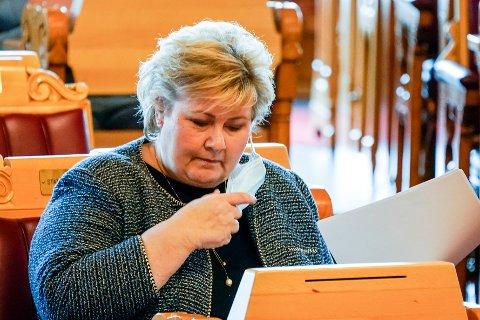 Statsminister Erna Solberg på Stortinget onsdag, hvor hun skal skissere en plan for hvordan Norge skal åpne igjen. Foto: Torstein Bøe / NTB