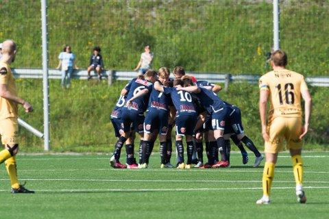 Bettingselskapet tipper at Rana FK blir et bunnlag kommende sesong. Her bilder fra cupkampen mot Bodø/Glimt forrige helg.