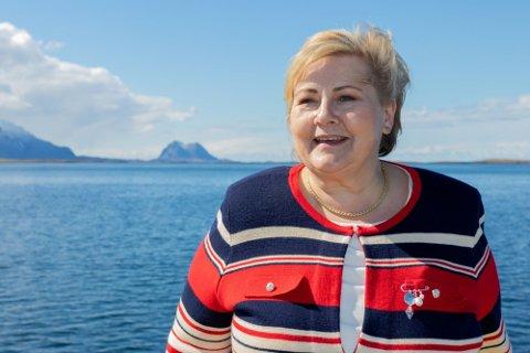 TIL MO: Erna Solberg skal torsdag opp til stedet der ny flyplass skal bygges.