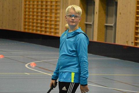 Ferdinand Mickelson er den eneste deltakeren fra Brumunddal IBK på årets BandyKidz i Fagerlundhallen.