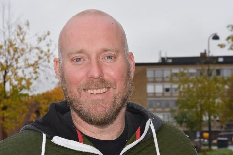 VIL BLI ORDFØRER: Odd-Amund Lundberg og Senterpartiet vil ha dialog med innbyggerne, og holder folkemøter på Moelv skole, Nes barneskole, Brøttum skole, på Kvarstad i Furnes og på Fagerlund skole.