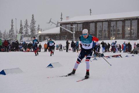Jonas Vika leverer på svært høyt nivå i langrenn. Fredag var han best av alle 18-åringene i hele Norge under Norgescuprennet på Åsen.