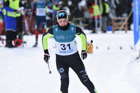 MjøsSKi-løper Marte Holmen Nilssen har terpet mye  skyting etter at hun bommet åtte ganger på Hovedlandsrennet i Meråker i fjor. Fredag ble det nesten fullt hus og en flott 14. plass.