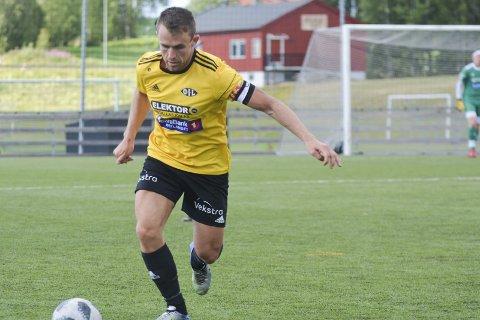 Kaptein i tunge tider: Henning Saug Lie er kaptein på bunnplasserte Ottestad.Foto: Petter Sand