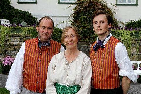 Hedret: Ågot Senstad, her sammen med Lars Erik Holter og Knut Erik Engemoen, vant Heddaprisen søndag.