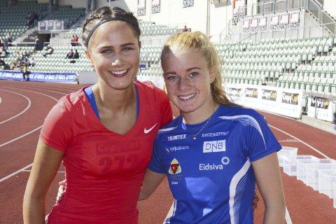 Raske og gode: Maren Bakke Amundsen (t.h) og Sigrid Kongssund Amlie fra Moelven tok seg begge til finalen på 200 meter i helgas NM for U20. De ble henholdsvis nummer tre og seks mot jenter eldre enn seg sjøl i konkurransen.Foto: Moelven friidrett