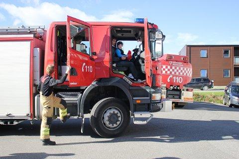 Åpen dag: Neste lørdag åpnes brannstasjonen for besøk i Ringsaker.