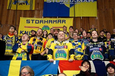 Supporterleder: Atle Granheim er lidenskapelig opptatt av ishockey og da primært Storhamar. Han leder supporterne på Hamar og har mange synspunkter om hockey.