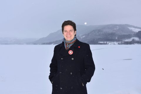 Thomas Eriksen (MDG) er slett ikke enig i at debatten om kjønnsnøytrale titler kan vente.