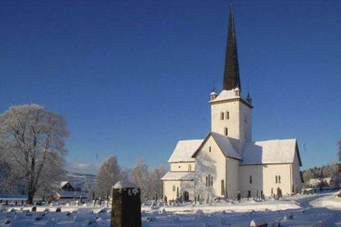 Annerledes: Påskegudstjenester er avlyst, men det vil ringes fra lokale kirker likevel.