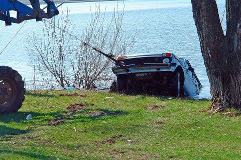 En av tre saker innen skadeforsikring dreier seg om bil. Det ble i fjor avdekket vel 300 svindelforsøk innen motorkjøretøy til en samlet verdi av cirka38 millioner kroner. I snitt ble det svindlet for vel 126.000 kroner per sak.