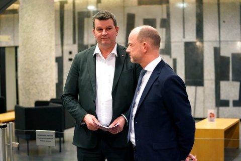 Megler: LO-leder Hans-Christian Gabrielsen (t.v) og NHO-sjef Ole Erik Almlid etter at det ble brudd i lønnsforhandlingene mellom NHO og LO.