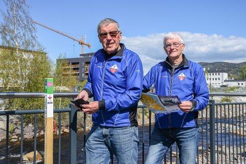 Stolpejakt: Odd Risø og Knut Vollmo fra Ringsaker Orienteringsklubb har hovedansvaret for stolpejakten, og har i år plassert ut 50 stolper i Ringsaker kommune.