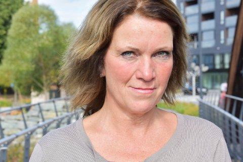 KJEMPER FOR DYRENE Siri Standal, Miljøpartiet De Grønnes andrekandidat i Ringsaker, er opptatt av dyrevern og vil stoppe all produksjon av kjøtt.