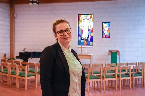 Kateket: Kine Elise Østerud har jobbet som kateket i menighetene Ringsaker og Åsmarka i tre år, men det er først nå hun ble vigslet.
