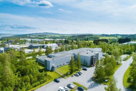 Høgda Eiendom AS har kjøpt lokalene etter Sealed Air AS på Rudshøgda.