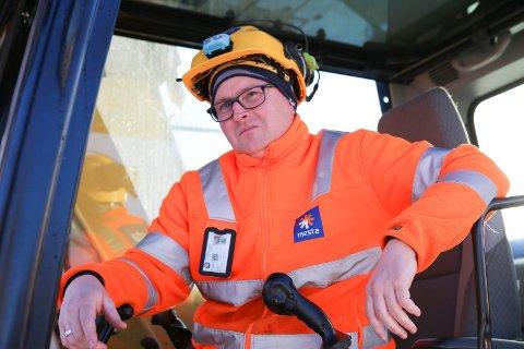 NY PÅ JOBBEN: Jon Anders Søbakken (41) fra Moelv.
