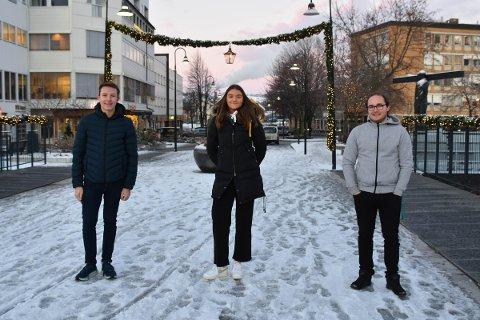 USIKKERT: F.v. Henrik Arnkværn Dolven (18), Lene Martinsen (18) og Sigurd Jægersborg Mathisen (18) er forberedt på en annerledes russetid.