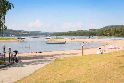 Omtalt: Mjøsparken tipses som en strand å besøk i sommer.