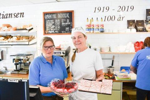 KOMPENSASJON: Baker Kristiansen, her representert ved Anita Rud Rosenborg (t.v.) og Trude Bergundhaugen, har fått 53.751 kroner i kompensasjon.