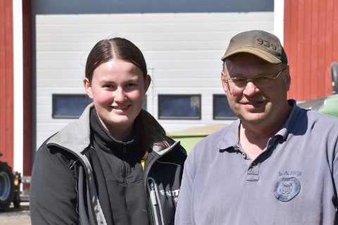 FAR OG DATTER: Den dagen Olav Dobloug bestemmer seg for å gi stafettpinnen videre, står datteren Kristiane Dobloug klar til å føre driften av slektsgarden videre.