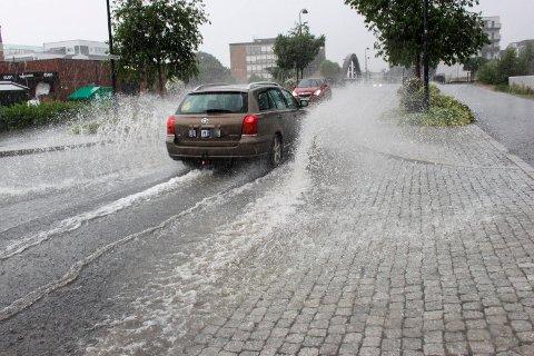Blir vått: Det er meldt mye regn utover dagen.