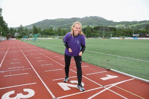 Klar for langtur: Jelena Drec fra Brumunddal har gjort  en solid innsats for kreftsaken siden 2017. Nå skal 25-åringen løpe 150 kilometer på ni dager. Hun håper den lange ferden skal resultere i 15.000 kroner til Kreftforeningen.