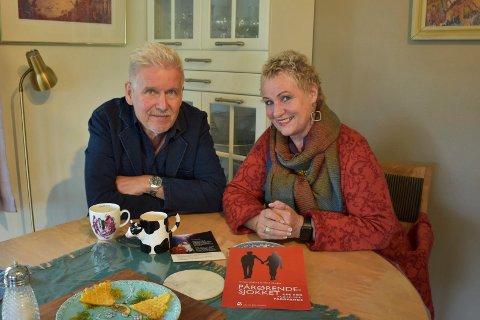 """FORFATTERE: Ekteparet Gisle Erlien og Randi Kveine har sammen skrevt boka """"Pårørendesjokket""""."""