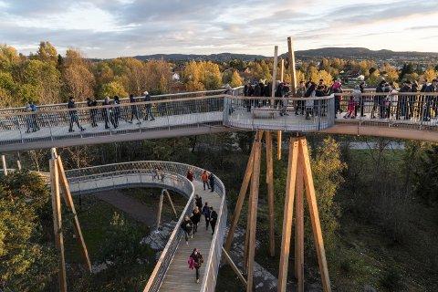Stovnertårnet: Limtre fra Moelven støtter opp Norges lengste tårn.