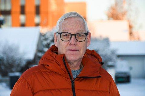 Bekymret: Knut-Arne Stenberg forteller at håndballgruppa i Moelven IL har mistet spillere på grunn av redusert aktivitet i forbindelse med koronasituasjonen. Håndballederen frykter flere kan komme til å følge etter.