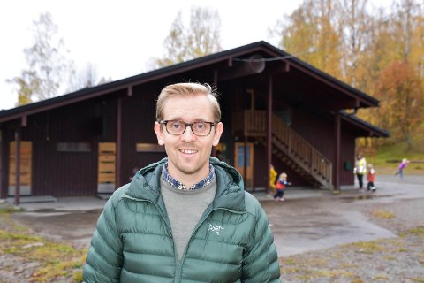 FAU-LEDER Andreas Solbakken Barli ved Fossen skole.