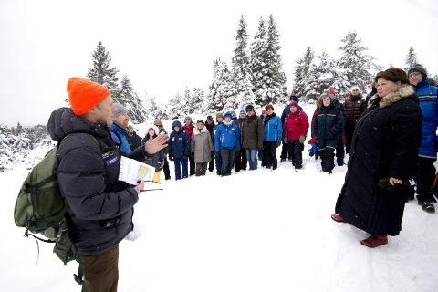 STOPPES?: Rådmann Jørn Strand signaliserer at det kan bli aktuelt å tilbakeføre Lunkelia til LNF-område. Bildet er tatt under en tidligere befaring kommunestyret gjorde i Lunkelia i 2016.