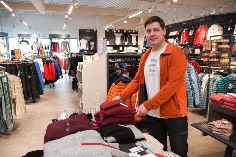 Får større plass: Simen Nordhagen i Sport 1 på Sjusjøen gleder seg til å få større butikk.