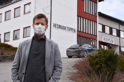 REKTOR: Geir Byberg, rektor ved Hedmarktoppen folkehøgskole, som nå opplever et stort koronautbrudd.