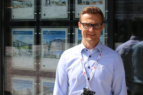 EN AV SØKERNE: Eiendomsmegler Thomas Heimdal fra Moelv er blant de 22 søkerne til stillingen.