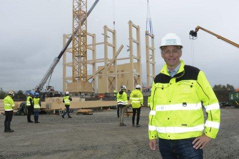 STORT: Administrerende direktør i Moelven Limtre, Rune Abrahamsen synes det er stort å motta utmerkelsen.
