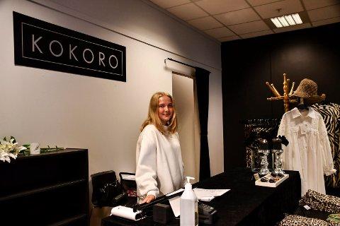 Ansatt: Anne Sofie Krokengen skal jobbe i butikken ved siden av skolen.
