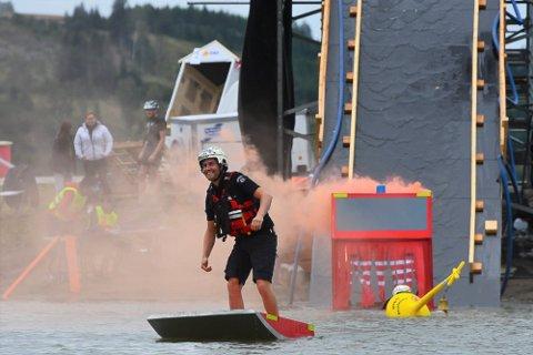 REVANSJ? I den omtalte «brannvesen-duellen» var farkosten fra brannstasjonen i Hamar (bildet) raskere enn båten fra Ringsaker brannvesen. Mye tyder på at sistnevnte får muligheten til revansj i 2022.
