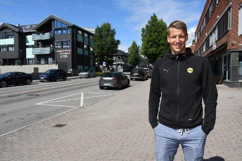 Med grunn til å smile: Thomas Lehne Olsen har hatt en frykende sesong for Lillestrøm. Det har tydeligvis resultert i interesse fra utlandet. Modølen utelukker ikke at noe kan skje.