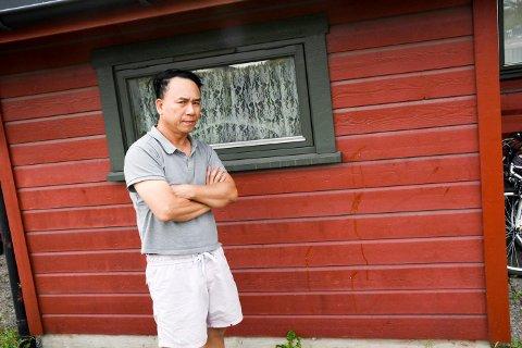 Xuan Van Ngyuen og familiens hans blir nær daglig plaget av ungdom. Nå tar kommunen tak.
