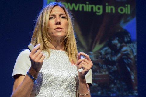 NYE MULIGHETER: Oljeanalytiker Thina Saltvedt tror tilbakeslaget i oljesektoren vil åpne opp nye muligheter for Norge. I går gjestet hun Ringerikskonferansen.