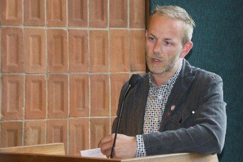 Vil ha flere voksne: Mons-Ivar Mjelde (Ap) vil ha høyere voksentetthet i barnehagene. Han lover at Ap skal jobbe for dette.