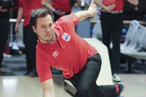 Lokale Martin Moen Stikbakke nådde ikke helt opp under torsdagens runde, og var på 13. plass i single-turneringen.