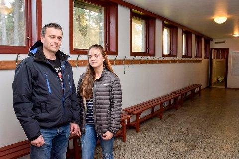 Jenter frastjålet mobiltelefonene i garderoben ved Aka Arena. Morten Nilssen og datteren Emilie Evensen Nilssen.