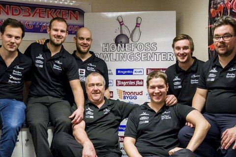 Martin Stikbakke (var ute med skade i helgen), Mads Sandbækken, Glenn Morten Pedersen, Runar Almestrand, Lars Christian Nygård, Øyvin Kulseng og Terje Kristiansen.