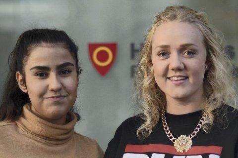 Nora Huseby (18) og Donia Jamal (17) synes helsestasjonen for ungdom er et trygt sted å gå til om det er noe de lurer på. De mener de blir møtt med respekt og tatt på alvor, og er fornøyd med helsetilbudet for ungdom i Hønefoss.