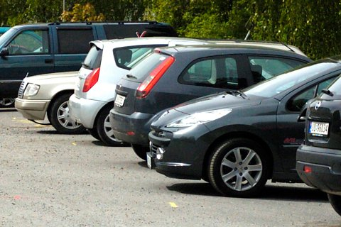 GRATIS: En leser mener det må bli gratis parkering i hele bykjernen. Illustrasjonsfoto: Frode Johansen