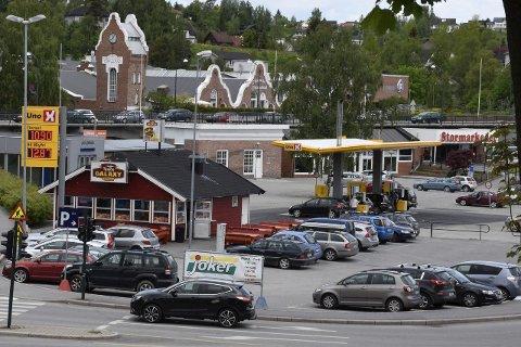 I går hadde Uno X på Tippen rimeligere drivstoff enn stasjonene i Osloveien. Folk så ikke ut til å følge boikottønskene.
