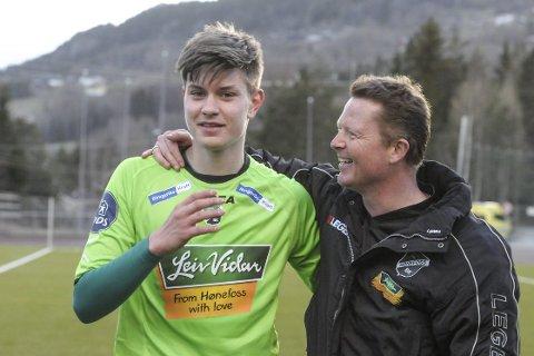 – Fantastisk gutt: Kristoffer Hay har en stor stjerne trener Rune Skarsfjords bok. Narvikingen omtaler 16-åringen som en fantastisk gutt.